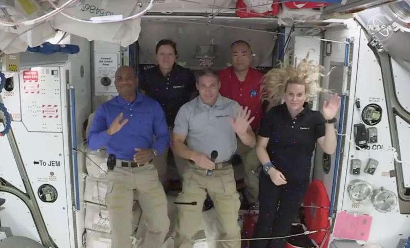 Astronaut: SpaceX Dragon beats shuttle, Soyuz for launching