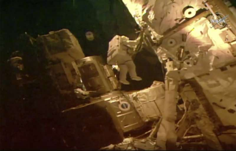 Astronauts squeeze in last spacewalk before SpaceX departure