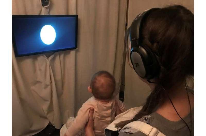At 8 months, babies already know their grammar