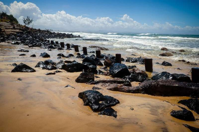 Australia's Byron Bay main beach has lost much of its sand after wild weather lashed New South Wales and Queensland with heavy r