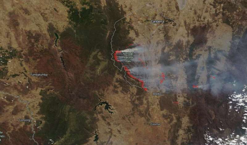 Australia's orroral valley fire consumes over 155,000 acres in a week