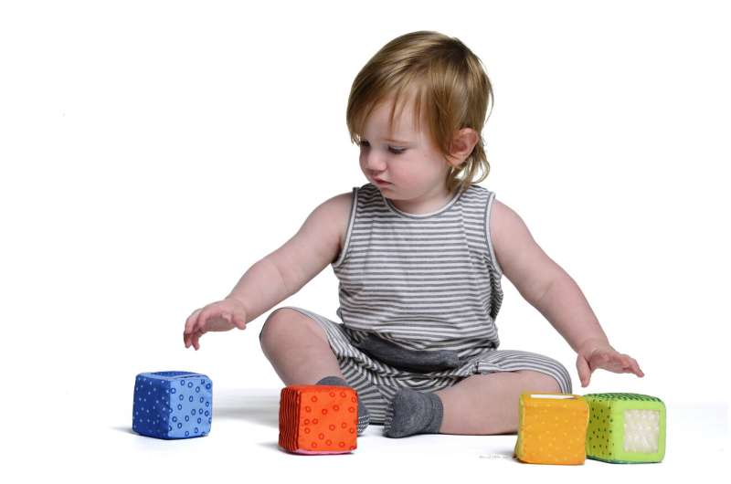 Babies' random choices become their preferences
