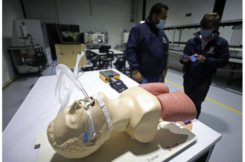 Colombia rushes to make cheap ventilators for COVID patients