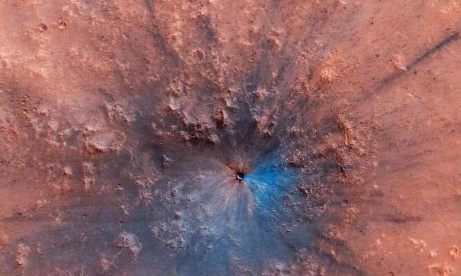 Crater investigators explore Mars from afar
