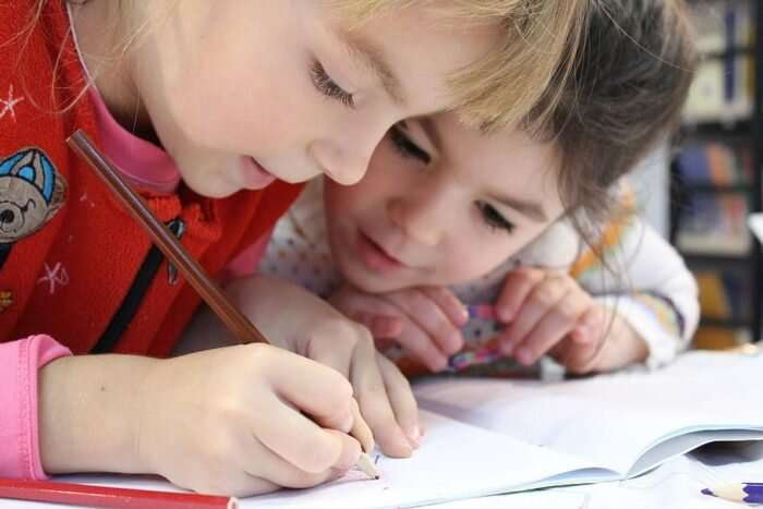 Ease up on e-learning expectations for kids