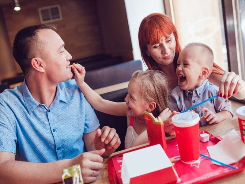Eating out: A recipe for poor nutrition, study finds
