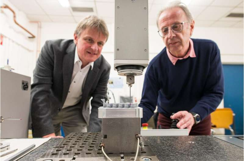 Electric pulses precisely shape 3D-printed metal parts
