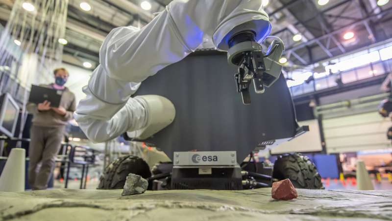 ESA's force-feedback rover controlled from a nation away