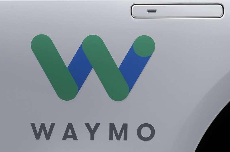 Ex-Google self-driving car project picks up new investors