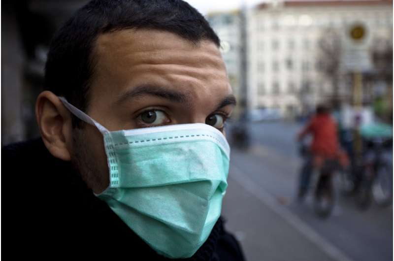 Face masks unlikely to cause over-exposure to CO2, even in patients with lung disease