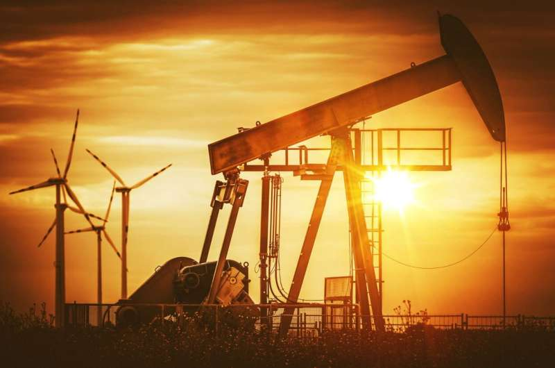 Fossil fuel subsidies need global reform, say experts