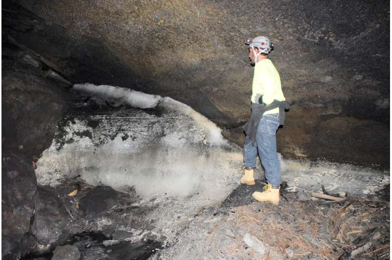 Geoscientists discover Ancestral Puebloans survived from ice melt in New Mexico lava tubes