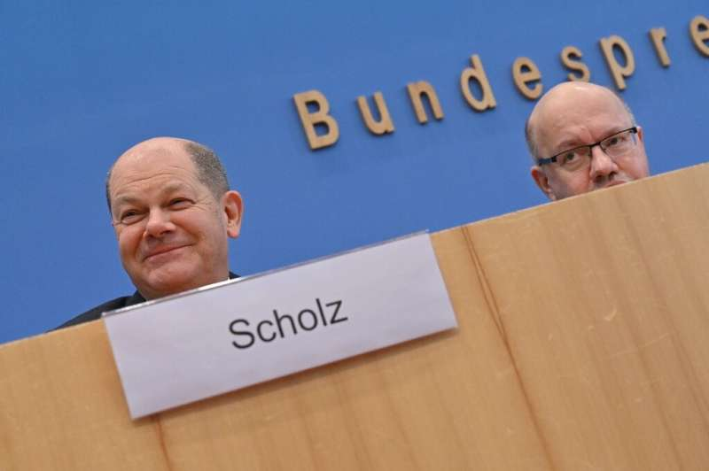 German Finance Minister and Vice-Chancellor Olaf Scholz and Economy Minister Peter Altmaier said the massive aid package announc