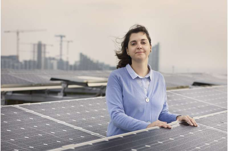Green energy transition: Early and steady wins the race