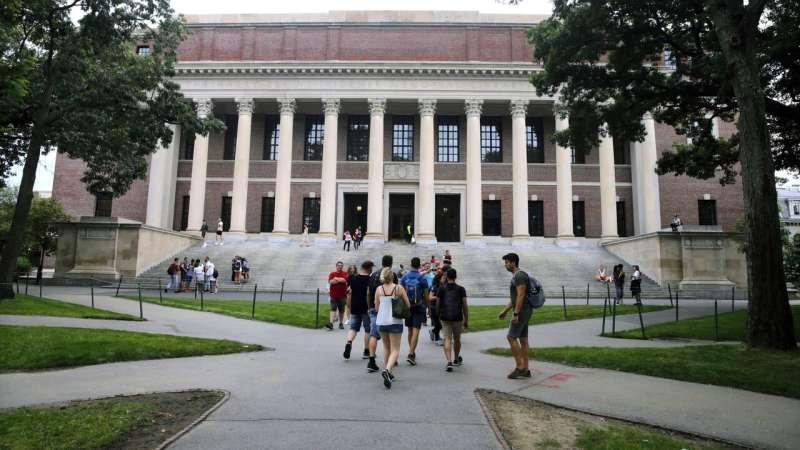Harvard invites freshmen to campus, but classes stay online