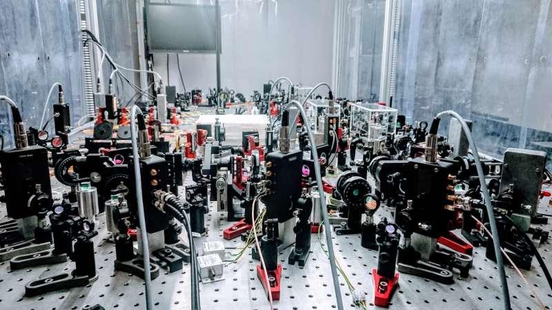 High-precision distributed sensing using an entangled quantum network
