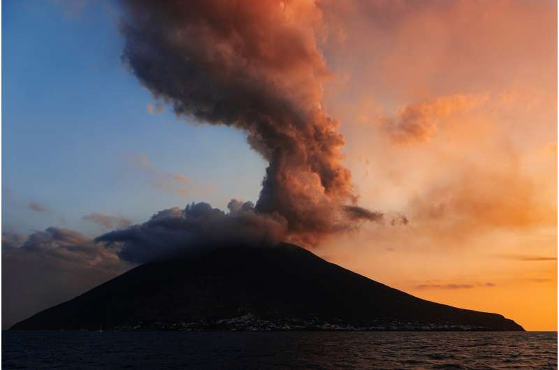 How speech recognition techniques are helping to predict volcanoes' behaviour
