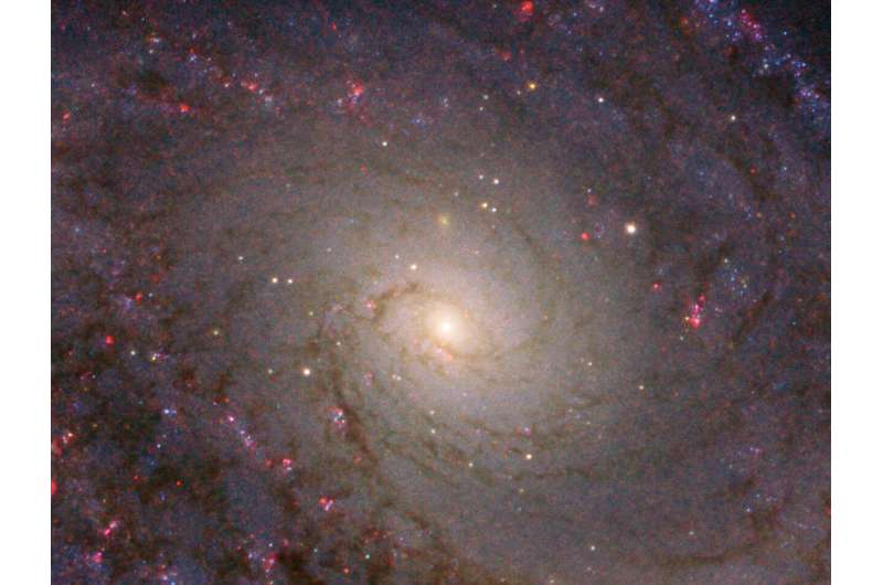 Hubble captures grand spiral