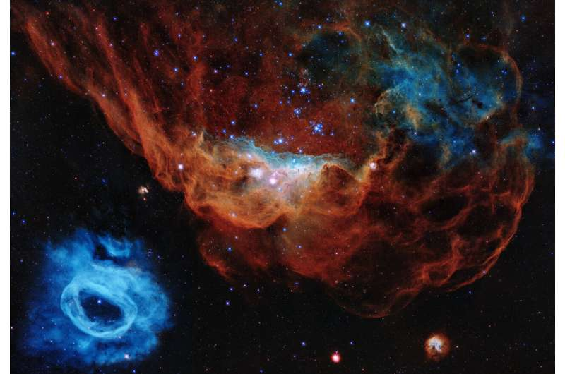 Hubble celebrates its 30th anniversary with a tapestry of blazing starbirth