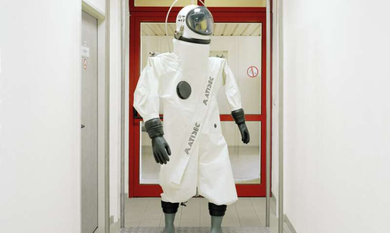 Image: Spacesuit for the ground