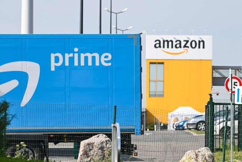In the Covid economy, there are winners and losers—e-commerce giants such as Amazon, show rising profits and sales but tradition