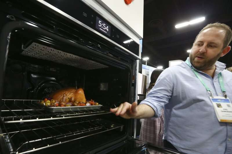 Kitchens get smarter at CES tech show, not yet in many homes