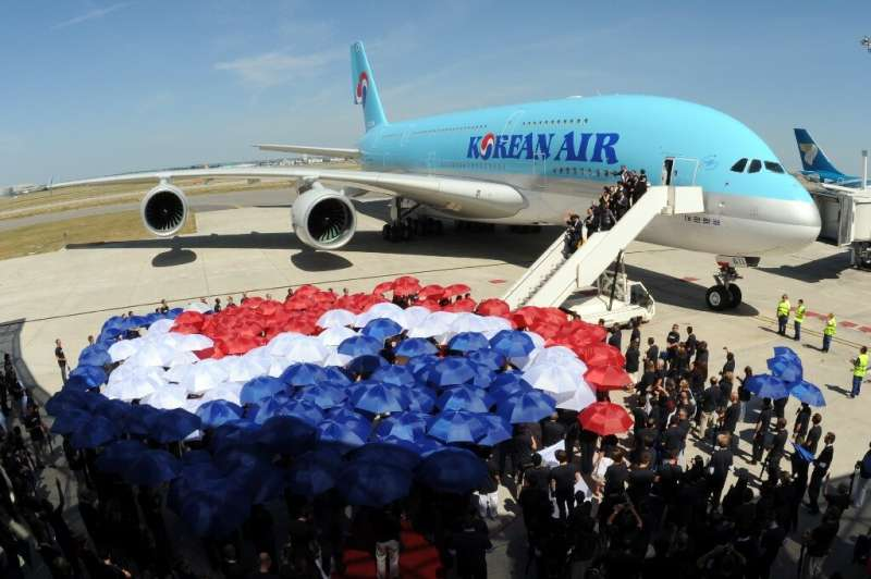 Korean Air will pay for Asiana using cash raised in a rights issue