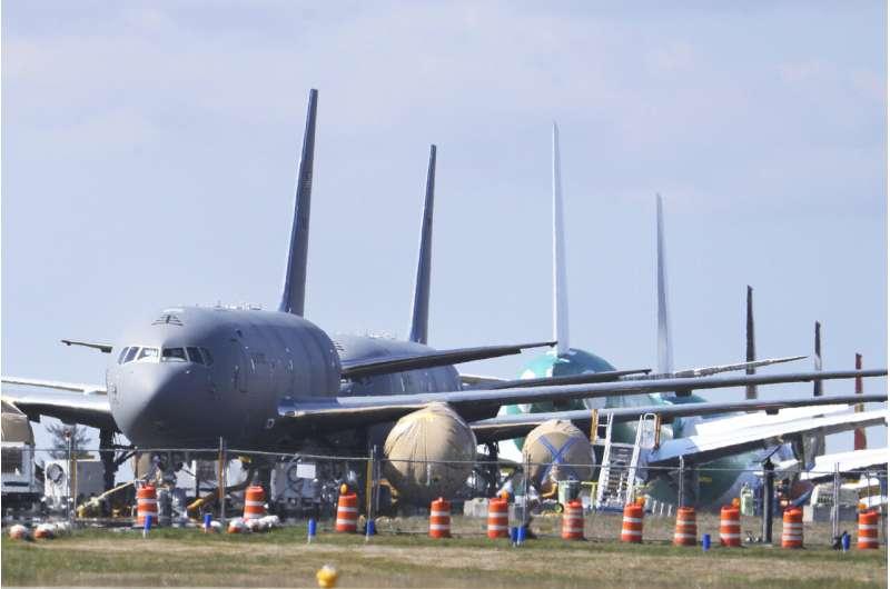 Lawmakers: FAA certification of new planes needs an overhaul