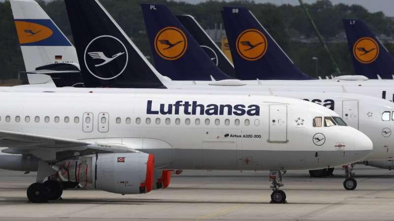 Lufthansa warns 22,000 jobs at risk despite bailout