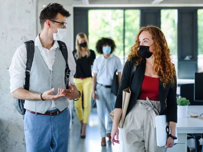 Model shows 300,000 american deaths by december if more don't wear face masks