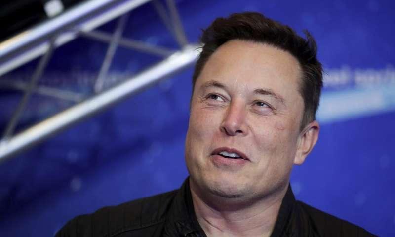 Musk: Apple CEO didn't take meeting about buying Tesla