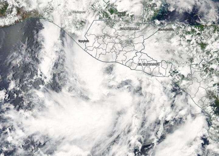 NASA catches short-lived Tropical Storm Amanda
