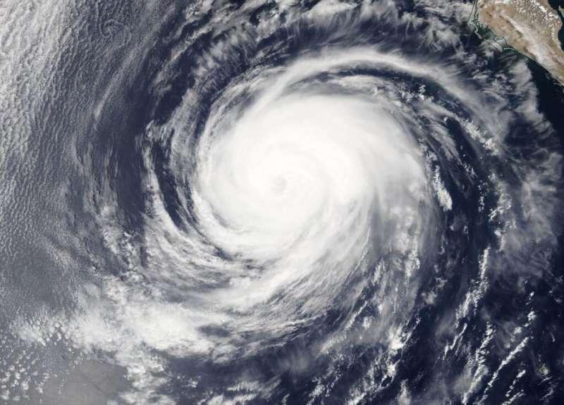 NASA finds hurricane Elida's eye covered