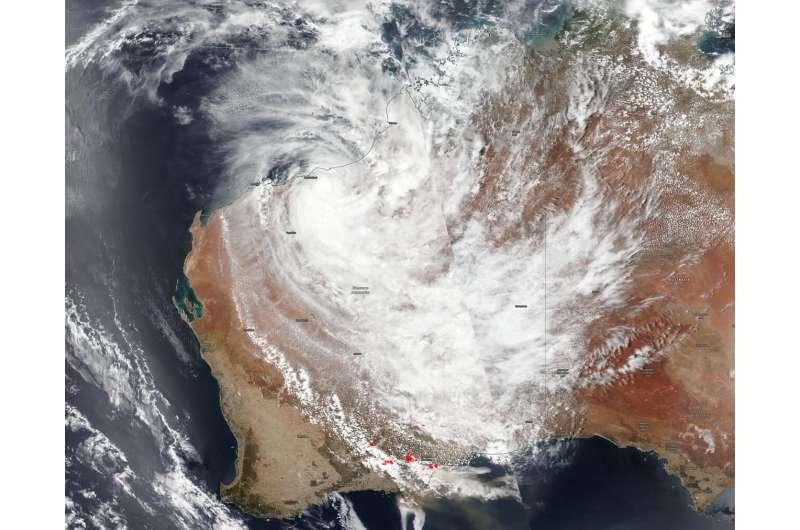 NASA-NOAA satellite catches Tropical Cyclone Blake and western Australia fires