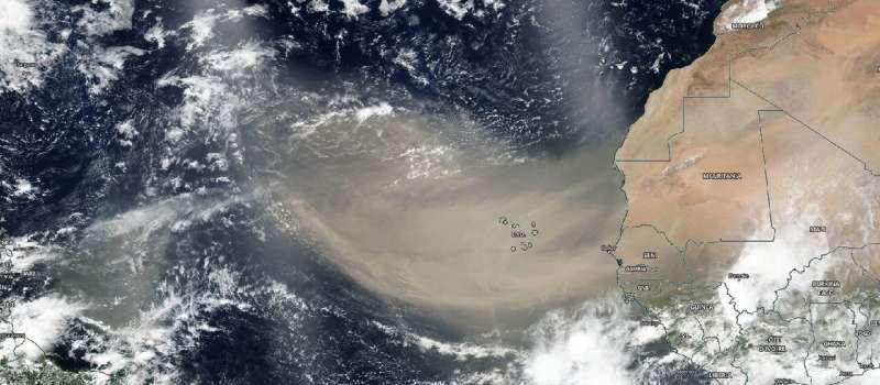 NASA observes large Saharan dust plume over Atlantic ocean