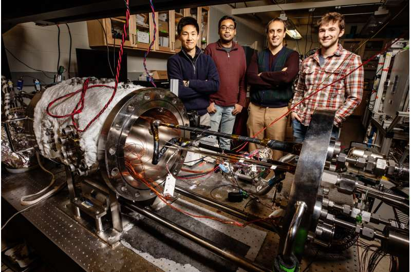 New understanding of condensation could lead to better power plant condenser, de-icing materials