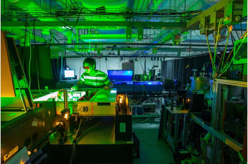 Oxygen breathes new life into solar cell research