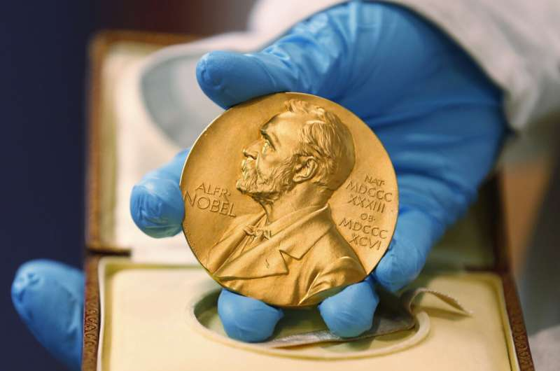 Panel to announce 2020 Nobel Prize for physics