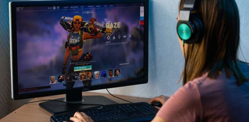 Parents of online gamers need to think twice before labelling the hobby a 'waste of time'