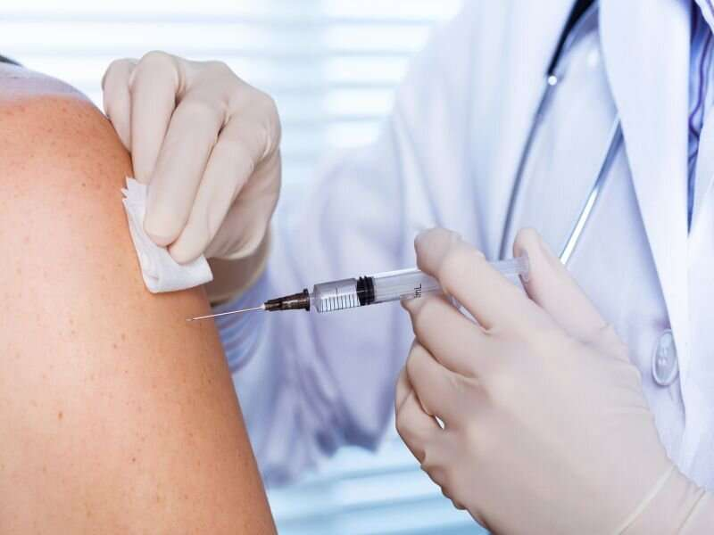 People should know that COVID vaccine might spur transient sickness: CDC experts