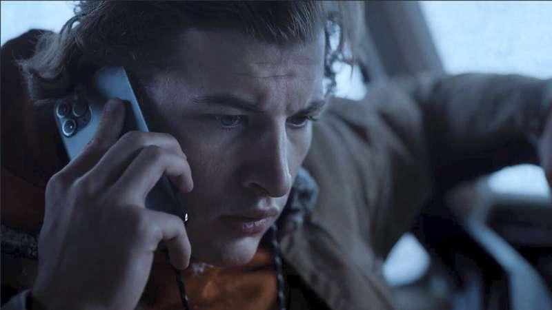 Phone flip: New Quibi series 'Wireless' empowers the viewer