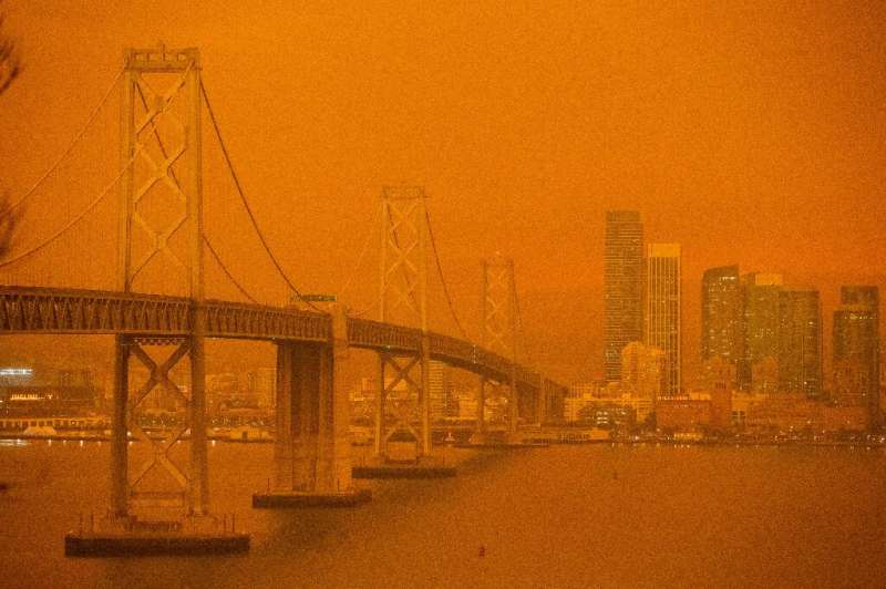 Photos of the eerie scene, particularly of a San Francisco skyline fit for a dystopian science fiction film, spread quickly on s