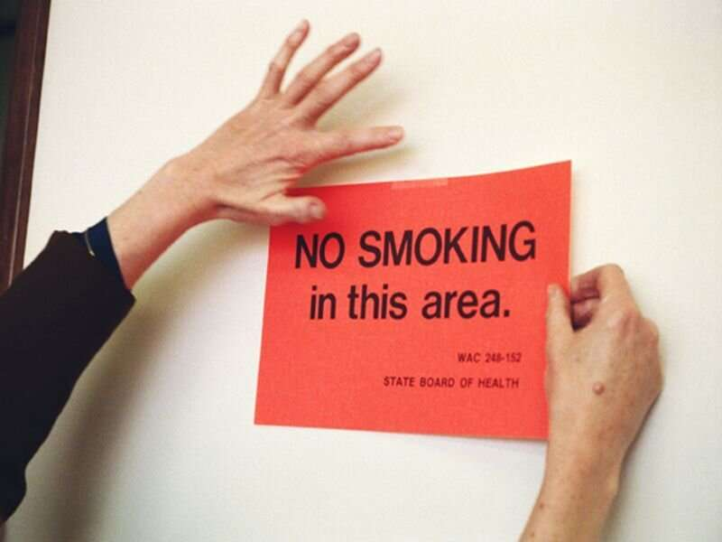 Quit smoking, your bladder will thank you