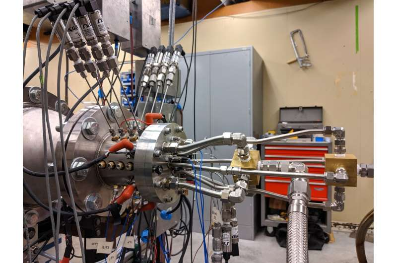 Simple, fuel-efficient rocket engine could enable cheaper, lighter spacecraft