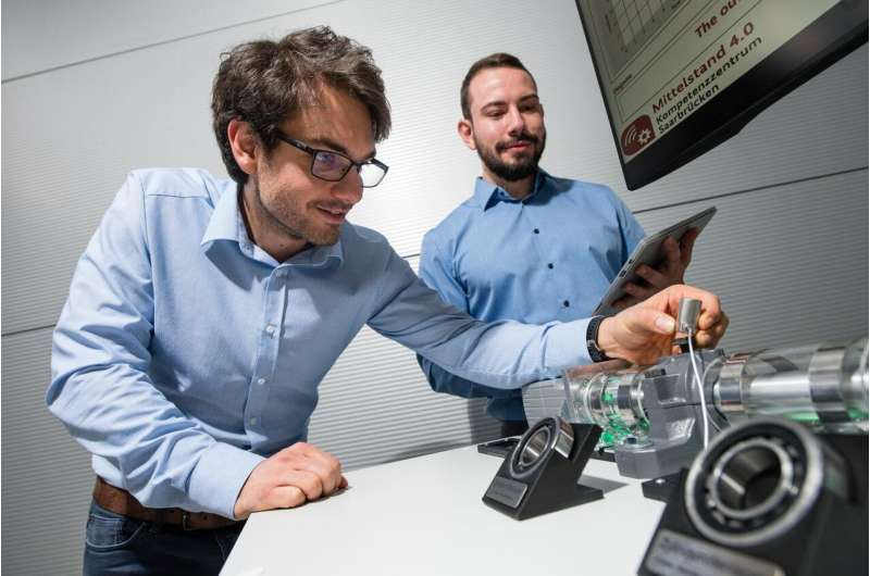 Smart machine maintenance: New AI system also detects unknown faults