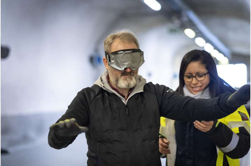 Sound beacons support safer tunnel evacuation