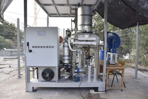 Standalone system produces water from the air, even in desert regions