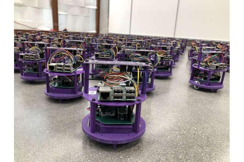 Swarming robots avoid collisions, traffic jams