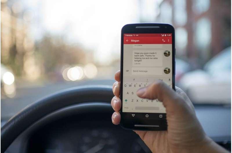 texting car