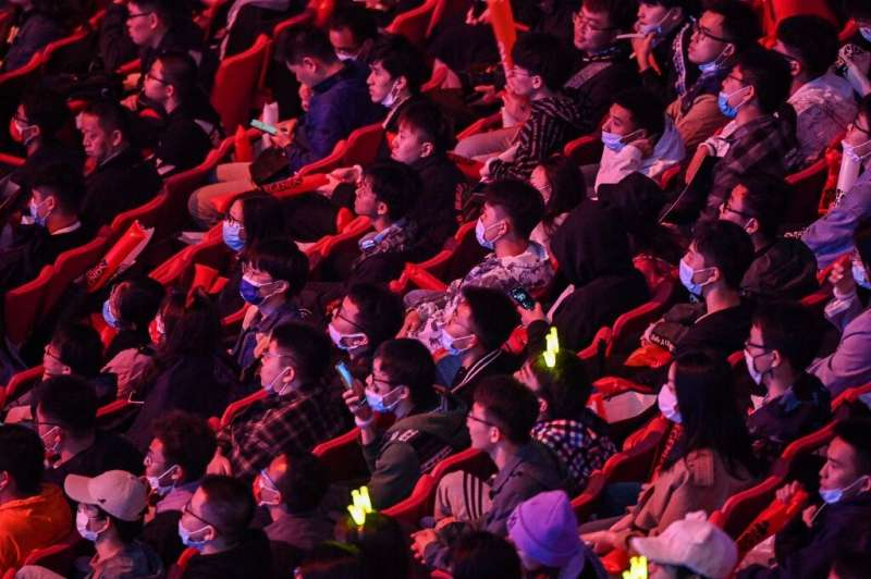 The 6,300 spectators at the event had to wear masks, to prevent coronavirus infections